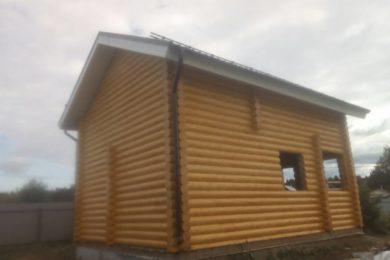 Дом-баня 6х9 из оцилиндрованного бревна